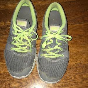 🌟OFFER🌟 Nike sneakers